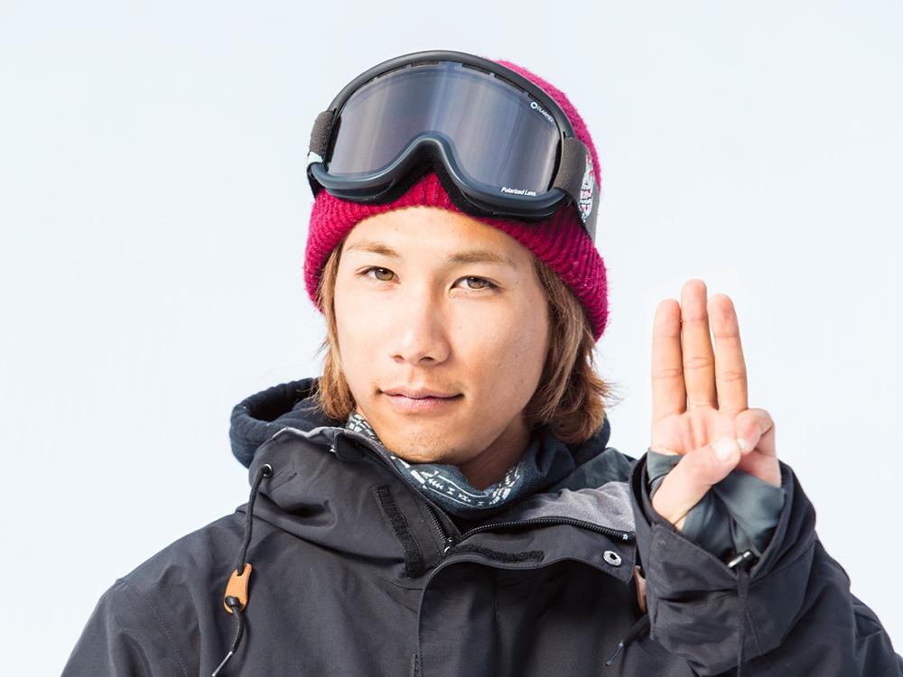 """山根俊樹 2013年のTOYOTA BIG AIRで魅せたSW BSトリプルコーク1440で """"日本人最高位となる2位になり、AIRMIX 2014での特大BS720でジャンプのスキルの高さを知らしめた。 Photo: Cyril Muller"""