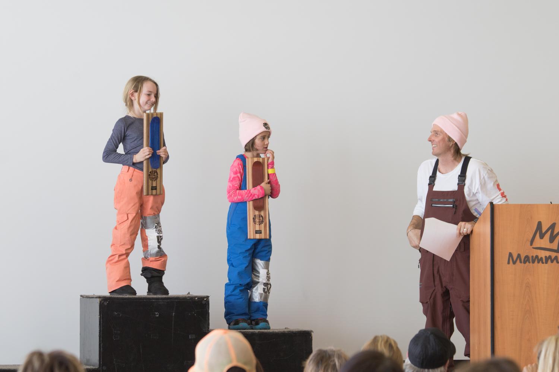 見事表彰台の真ん中に立ったジェフと同じ名前を持つ少女、ジェフェリー(6歳以下クラス) Photo: Amane Ohta