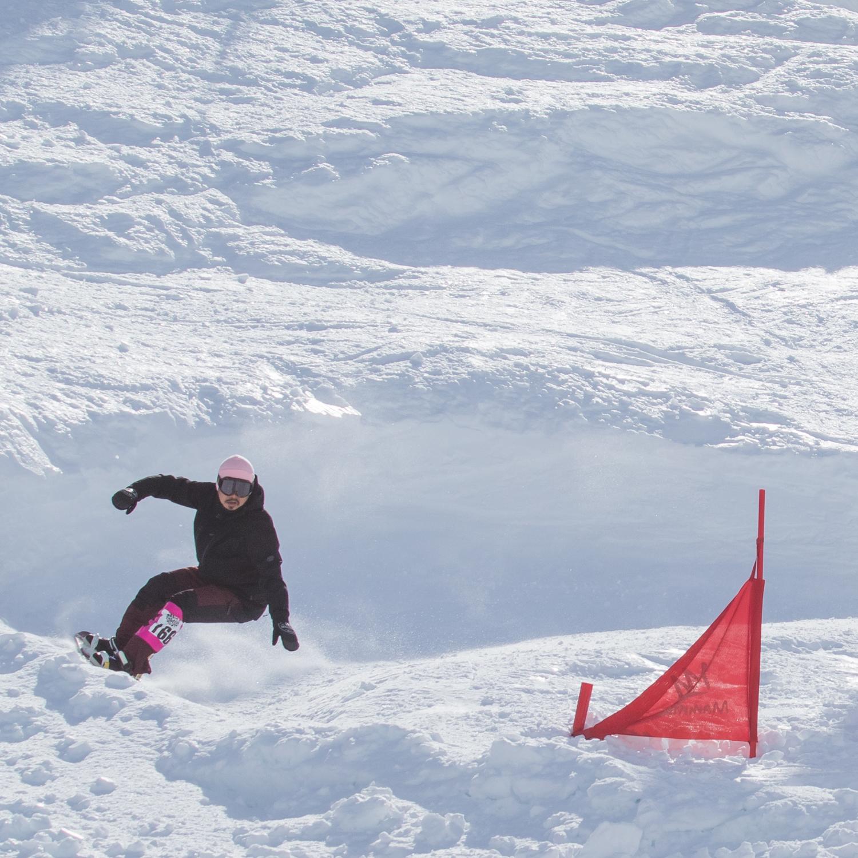 堂々の6位に入賞した高橋 玲の滑り。彼の滑りやマインドには育った環境の通りアメリカと日本の両方が入っているように感じる Photo: Amane Ohta