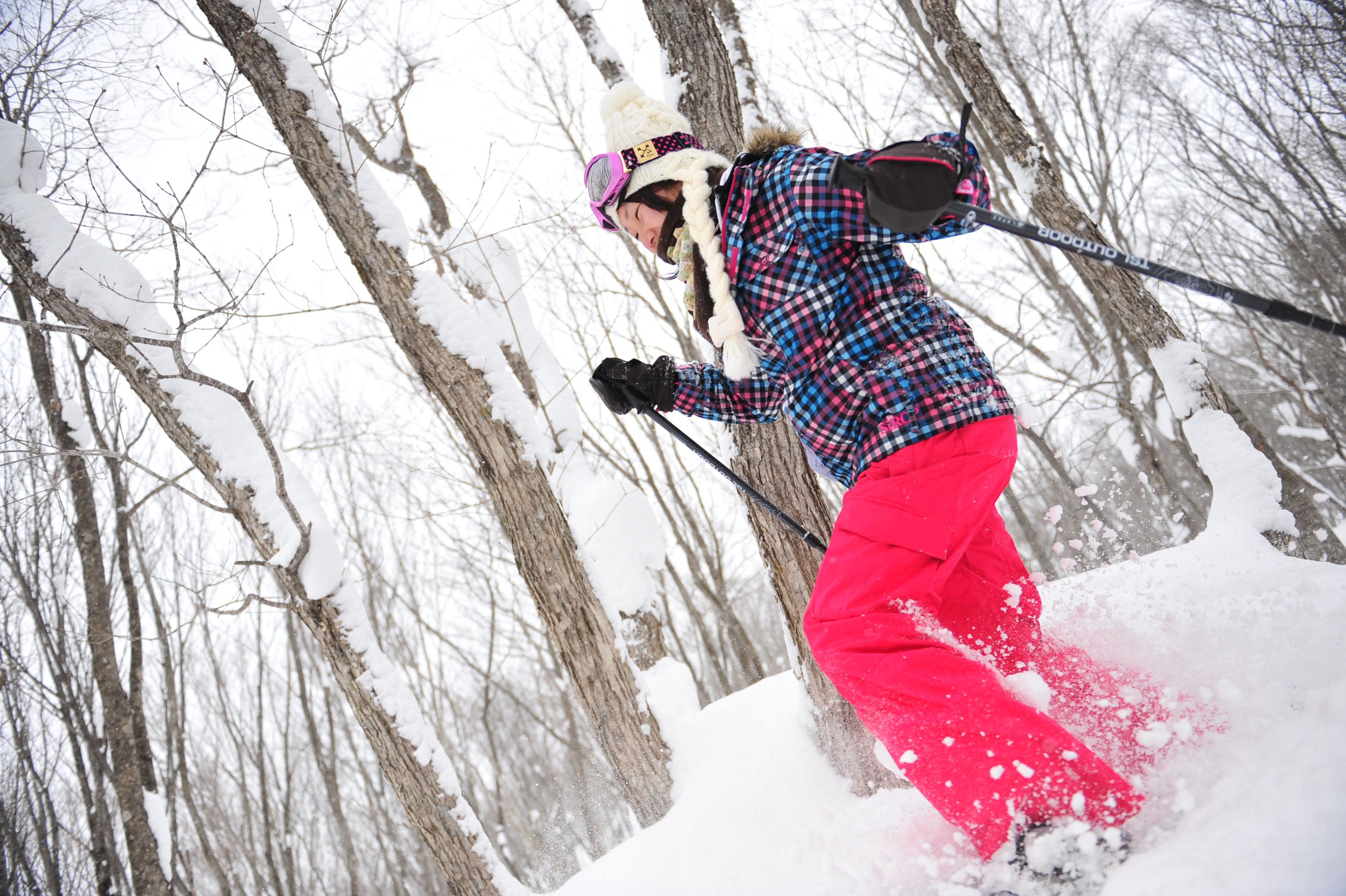 春スキー&スノーボードはもちろん、スノーシューもおススメです。