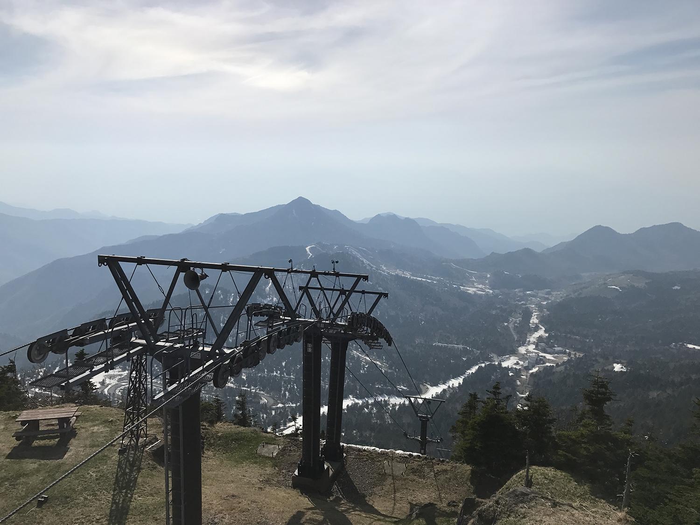 渋峠スキー場のピークからの眺め