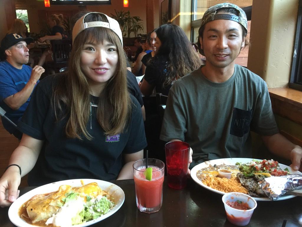 今回アメリカ遠征を同行した阪西コーチとの食事のひとコマ