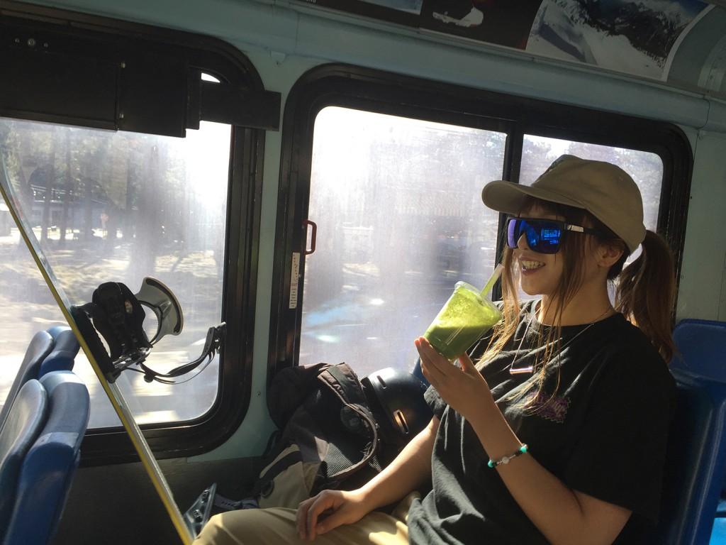 今回のアメリカ遠征では決して贅沢はせず移動もバスで