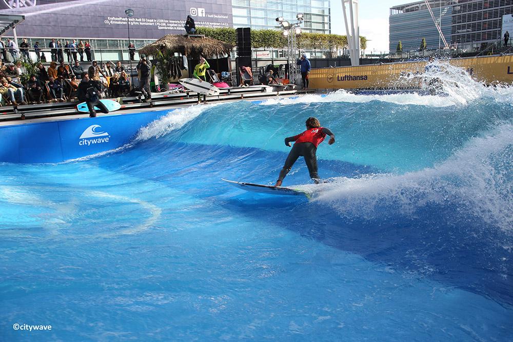 本格的サーフィンが大井町で楽しめてしまうなんて夢のよう