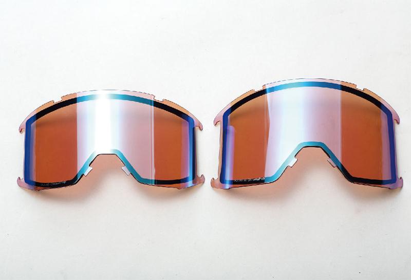 左がSQUAD 、右がSQUAD XLのレンズ。SQUAD XLはI/O Xに匹敵する容積の広さ。顔の大きさや形によってフィット感は異なる