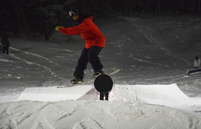 これだけ充実したナイターパークはスプリングバレー泉高原スキー場でないと味わえません