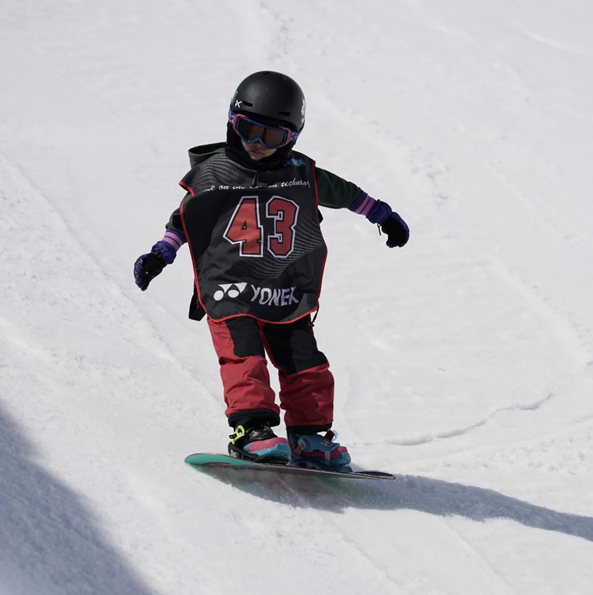 今大会最年少出場のフルヤマウノ選手。高いところでのターンを目標に頑張っていた